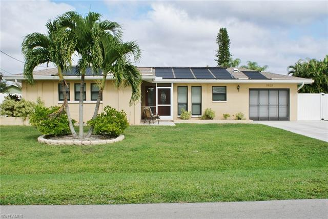 3923 Se 9th Ct, Cape Coral, FL 33904