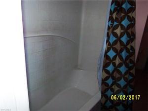 2007 Ne 7th Ave, Cape Coral, FL 33909