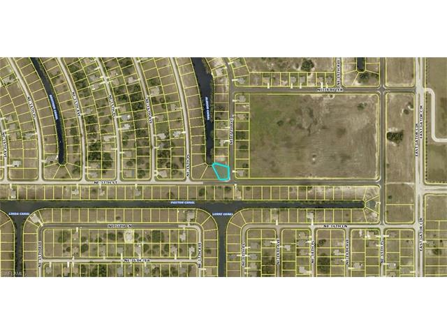 1633 Ne 37th St, Cape Coral, FL 33909