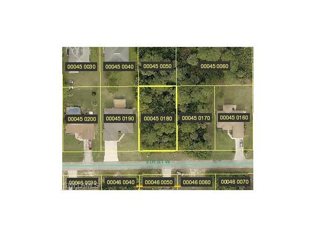 2812 9th St W, Lehigh Acres, FL 33971