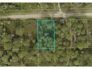 3607 70th St W, Lehigh Acres, FL 33971