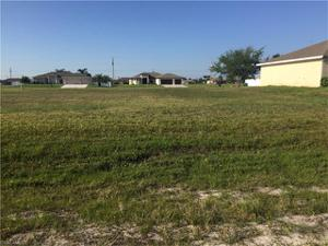 2440 Nw 9th St, Cape Coral, FL 33993