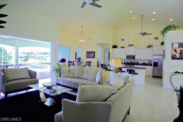 536 Se 33rd St, Cape Coral, FL 33904