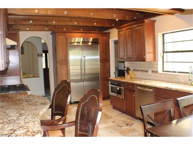 15108 Briar Ridge Cir, Fort Myers, FL 33912