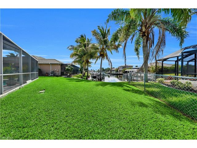 3221 Sw 29th Ave, Cape Coral, FL 33914