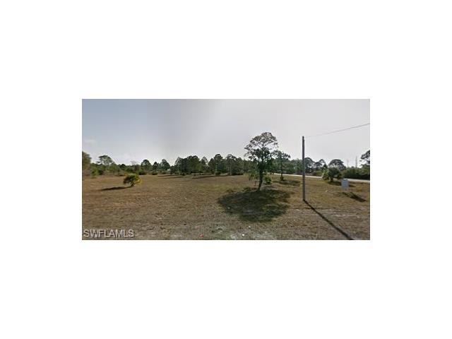1063 Bell Blvd, Lehigh Acres, FL 33974
