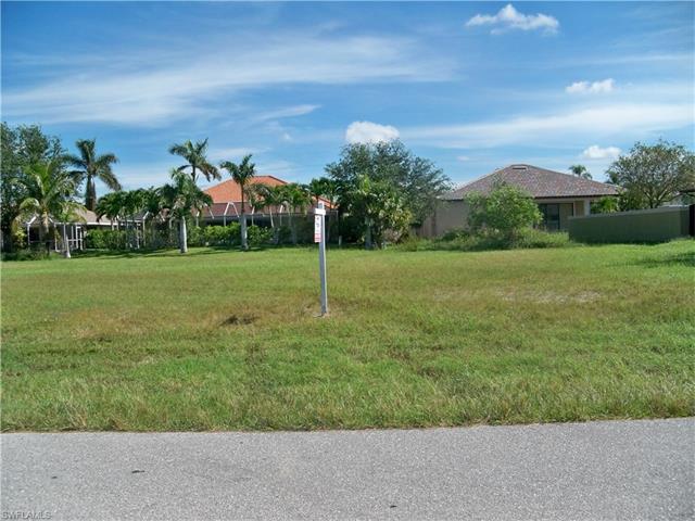 2823 Sw 29th Pl, Cape Coral, FL 33914