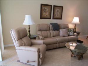 3620 Rue Alec Loop 5, North Fort Myers, FL 33917