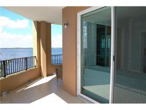 2825 Palm Beach Blvd 301, Fort Myers, FL 33916