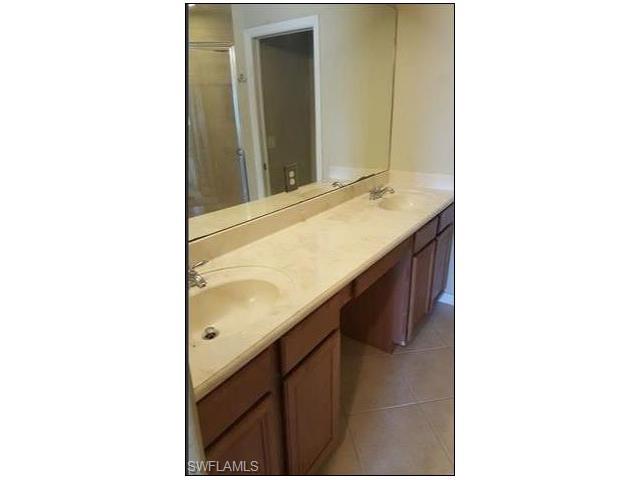 9963 Chiana Cir, Fort Myers, FL 33905