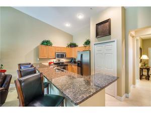 8521 Oakshade Cir 421, Fort Myers, FL 33919