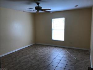 2809 43rd St Sw, Lehigh Acres, FL 33976