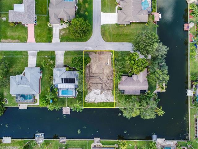 1128 Se 4th Ter, Cape Coral, FL 33990