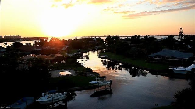 6576 Sandspur Ln, Fort Myers, FL 33919