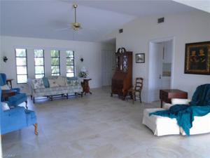 1921 Se 40th St, Cape Coral, FL 33904