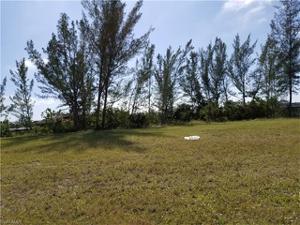 1410 Mohawk Pky, Cape Coral, FL 33914