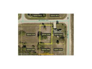 706 Ne 24th Ter, Cape Coral, FL 33909