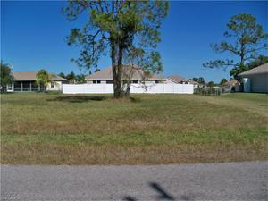2221 Ne 33rd Ln, Cape Coral, FL 33909