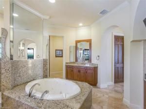 5862 Compass Ct, Cape Coral, FL 33914