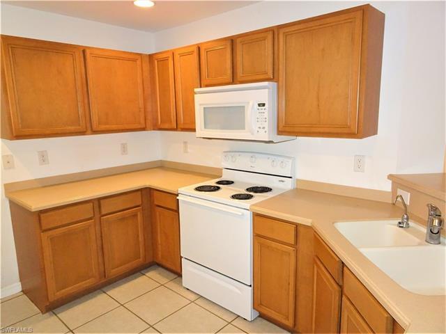 3209 58th St W, Lehigh Acres, FL 33971