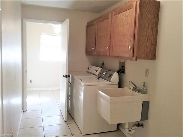17437 Missouri Rd, Fort Myers, FL 33967