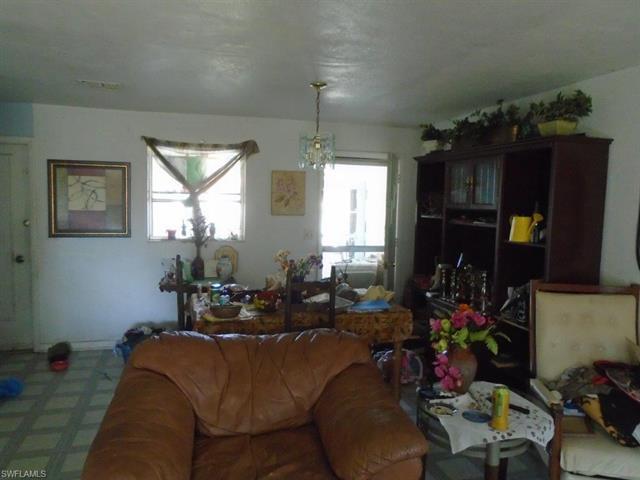 1530 Ne 4th Ter, Cape Coral, FL 33909