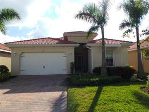 3912 King Edwards St, Fort Myers, FL 33916