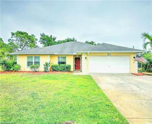 18631 Spruce Dr E, Fort Myers, FL 33967