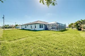 3042 Sw 23rd Pl, Cape Coral, FL 33914