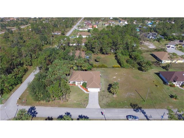 809 Julio Cir, Lehigh Acres, FL 33972