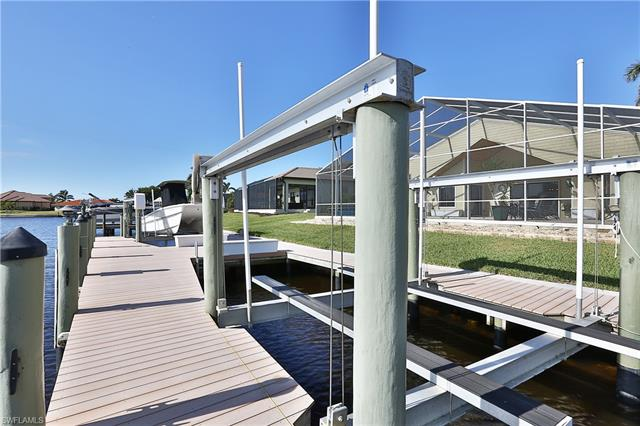 14887 Canaan Dr, Fort Myers, FL 33908