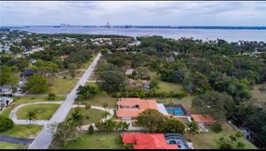 4216 Erindale Dr, North Fort Myers, FL 33903