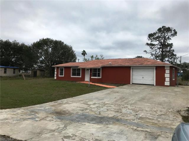 2252 10th Pl, Lehigh Acres, FL 33936