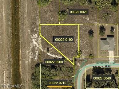 3016 42nd St Sw, Lehigh Acres, FL 33976