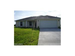1321 Nelson Rd N, Cape Coral, FL 33993