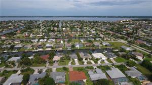 3711 Se 16th Pl, Cape Coral, FL 33904