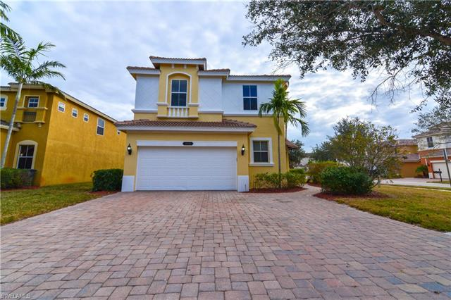 10105 North Silver Palm Dr, Estero, FL 33928