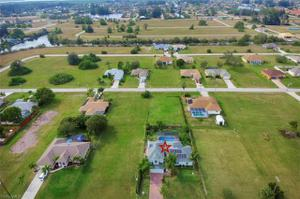400 Sw 29th Ave, Cape Coral, FL 33991
