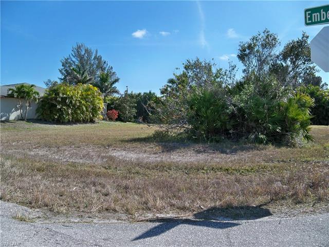 2514 Embers Pky W, Cape Coral, FL 33993