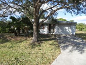 450 Crystal Ave Nw, Port Charlotte, FL 33952