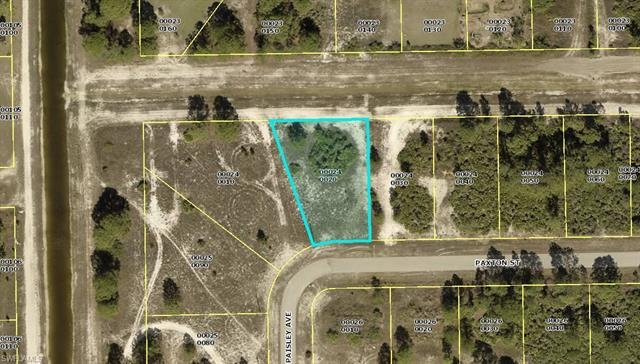 103 Paxton St, Lehigh Acres, FL 33974