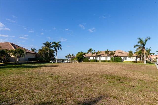 5636 Harbour Preserve Cir, Cape Coral, FL 33914