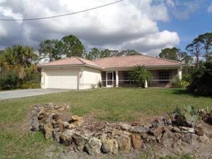 333 Columbus Blvd S, Lehigh Acres, FL 33974