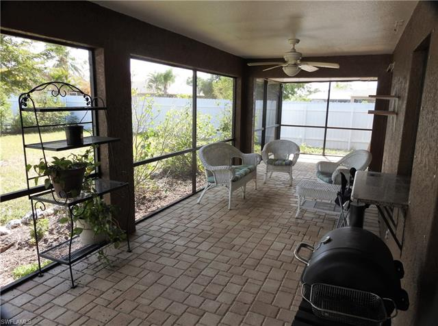 521 Se 17th Pl, Cape Coral, FL 33990
