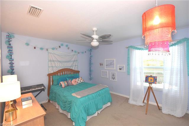 2273 Cape Heather Cir, Cape Coral, FL 33991