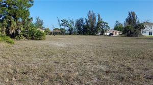 1417 Trafalgar Pky, Cape Coral, FL 33991