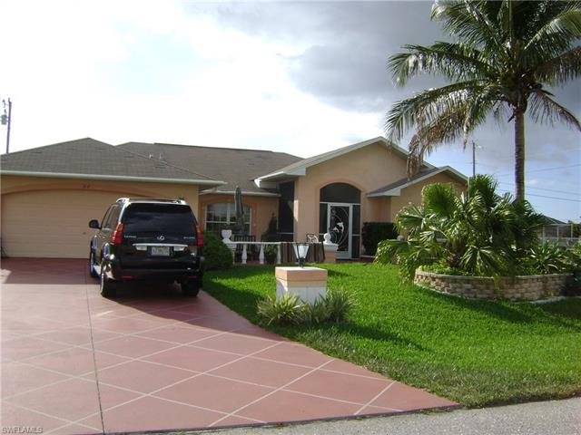 318 Ne 17th Pl, Cape Coral, FL 33909