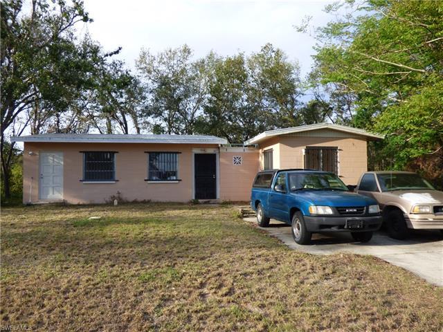 102 Orkney Ct, Lehigh Acres, FL 33974