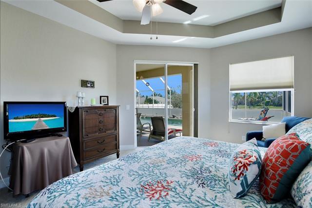 3917 Sw 20th Pl, Cape Coral, FL 33914