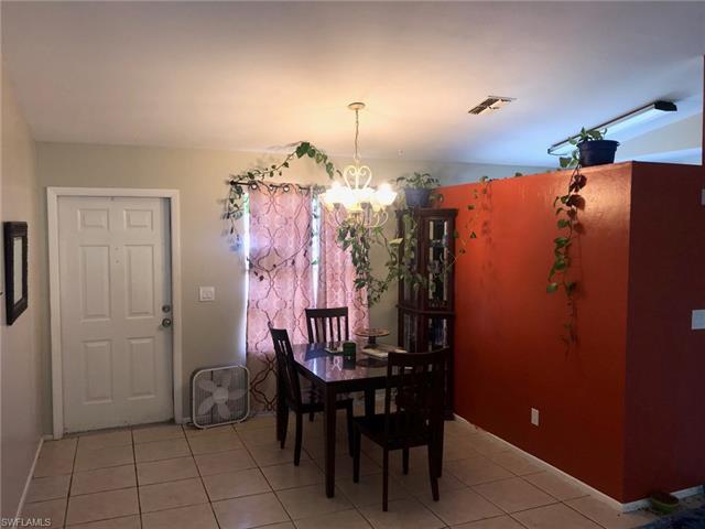 2949 Sw 4th Ave, Cape Coral, FL 33914